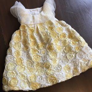 Rosette detailed dress