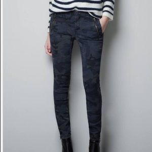 Zara Blue Navy Camo Skinny Pant with Zip Ankles