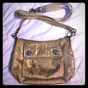 725eac96b50a sale coach poppy bag 00b28 dc492 sale coach poppy bag 00b28 dc492  get coach  city zip tote in signature handbag ...
