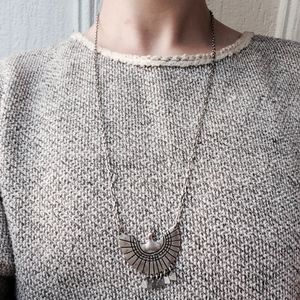 ✨New✨Urban Outfitters eagle necklace✨NWOT