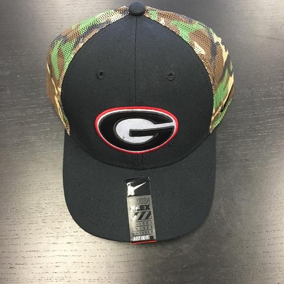 Georgia Bulldogs Nike Dri-Fit Camo Flex-Fit Hat 38e76314b3c