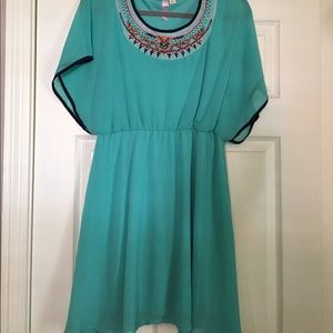 Women's size Large short sleeve dress.