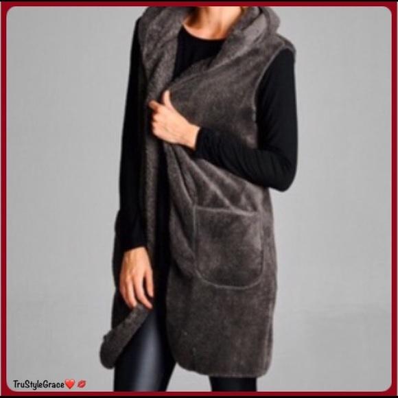 Jackets & Blazers - Soon 🍁 Perfect Fall Piece 🍁 Hooded Fleece Vest