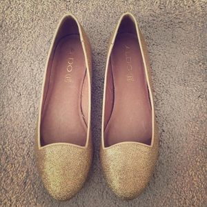 Aldo sparkly gold flats size 8.5. Worn once