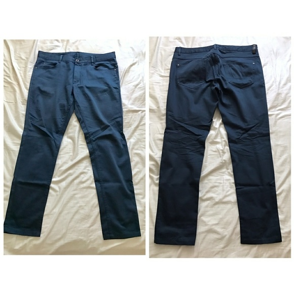 e815cc3239 Zara Man Basic Collection Blue Pants. M 59e3b5275a49d0b9ea07c506