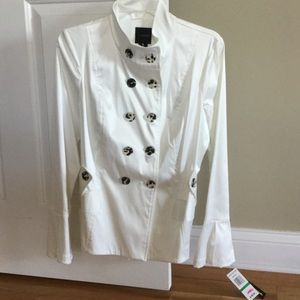 Cute white jacket with bell sleeves.