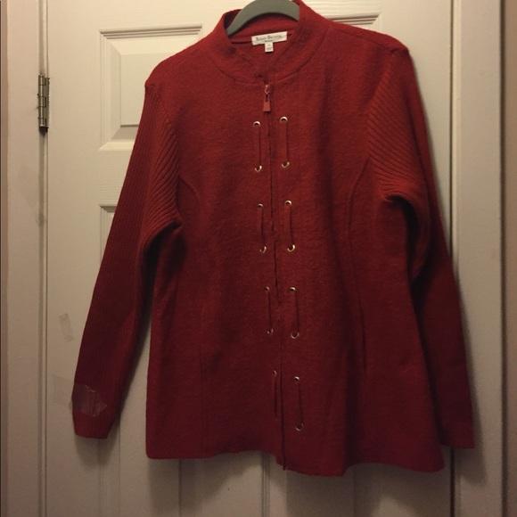 SUSAN BRISTOL Sweaters - SUSAN BRISTOL ZIP UP SWEATER. NEW 2889fbf7f