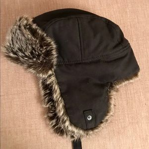 Black H&M Winter Hat With Ear Flaps