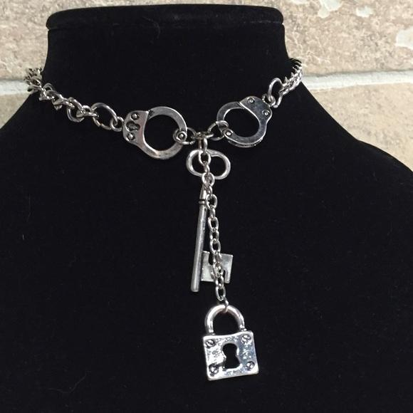 c696d3a1e9959 Handcuff lock & Key Choker
