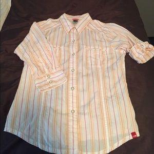 Northface 3/4 sleeve, button down camp shirt