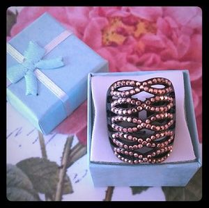 Jewelry - Black and copper pave ring