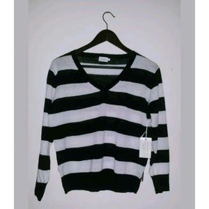 Cielo black and white pullover light sweater size