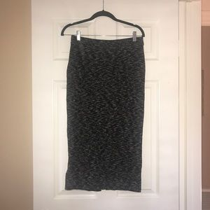 H&M Stretchy Printed Black Pencil Skirt