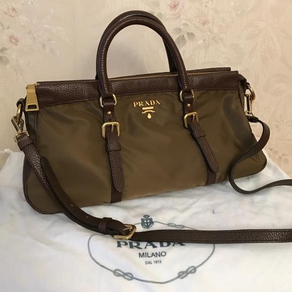 5a5c84d5d8c Authentic Prada handbag canvas leather combo