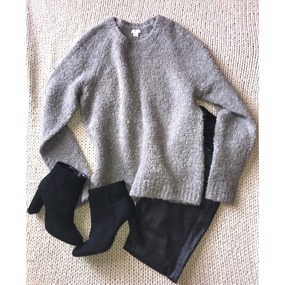 J. Crew Sweaters - HOST PICK!❤️PRICE DROP❤️ J. Crew chunky sweater!
