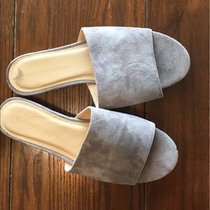 8.5 BLUE/GRAY SUEDE MULES