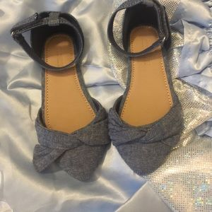 Toddler size 8 Blue Jean Sandals