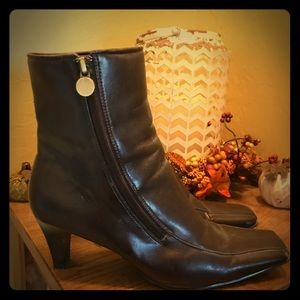 Merona size 8 women's brown boots
