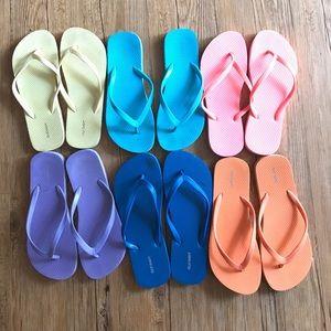 6 pairs Old Navy Flip Flops