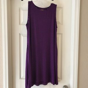 XL Apt 9 purple and black dress with pockets