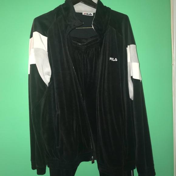 försäljning återförsäljare Bra nyaste kollektion Fila Sweaters | Mens Brand New Velour Sweatsuit | Poshmark