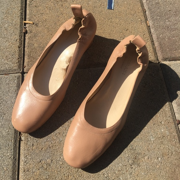 545afcd96ea3 Everlane Shoes - Everlane Day Heel - Nude Leather
