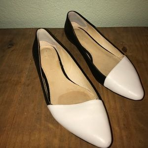 Black and white flats by Aldo