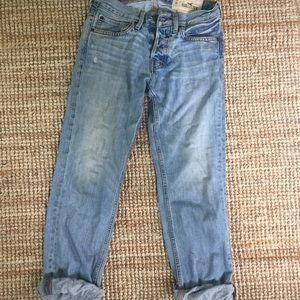 Hollister boyfriend jeans light wash