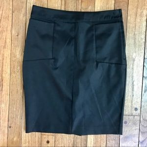 Black sateen H&M pencil skirt w/pockets