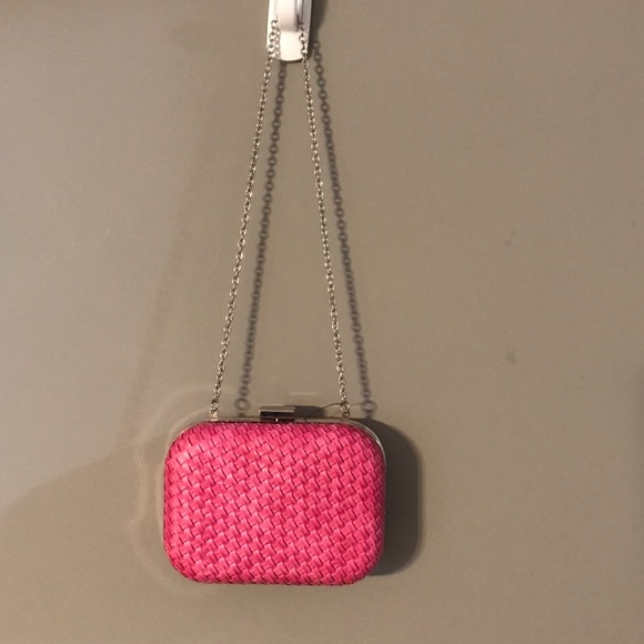 Style & Co Handbags - NWOT Style&Co pink clutch with chain