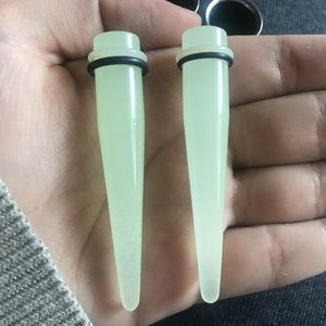 00g GLOW IN THE DARK TAPERS
