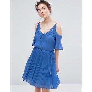 Oasis Daydreamer Cold Shoulder Dress