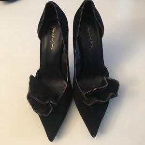 Elizabeth & James Sz 9, exposed zipper heels