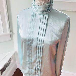 Vintage turtleneck blouse