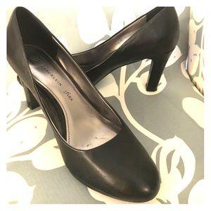 Anne Klein iFlex Black Leather Pumps Size 8