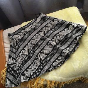 Aztec flowy skirt