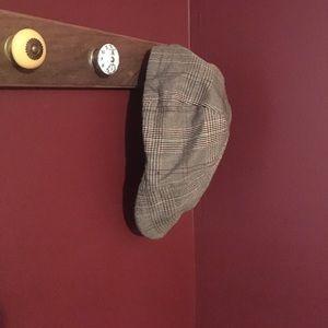 Accessories - Newsboy Hat: brown plaid