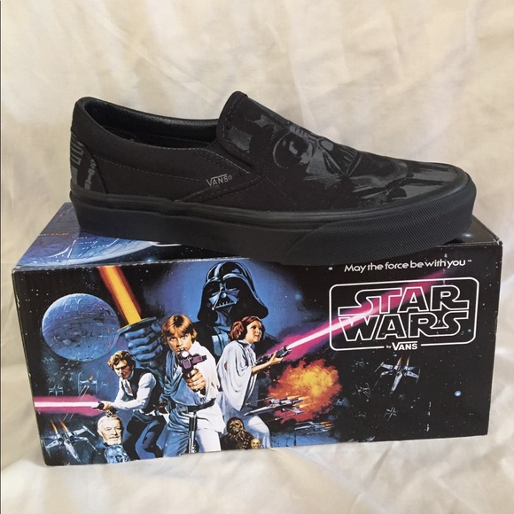 f7f248ad3f Vans x Star Wars Dark Side Darth Vader slip-on. M 59e3d6a299086a928708604b