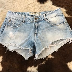 Zara cut off shorts