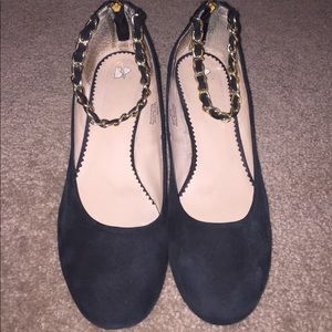 BP Black Block Heels with Gold Ankle Chain