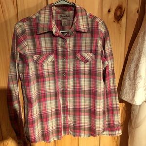 Pink and brown wrangler plaid shirt