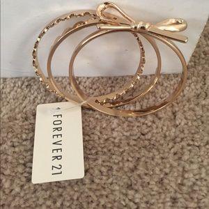 NWT Gold Kate Spade Look Alike Bracelet
