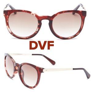 Diane Von Furstenberg Sunglasses with Case !