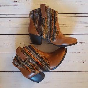 Boho Booties, Size 7.5