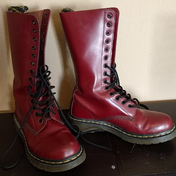 54e9d3d2a5871 Dr. Martens Shoes - Dr. Martens cherry 1914 boots 14 eye