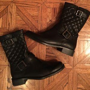 NWOT Black boots
