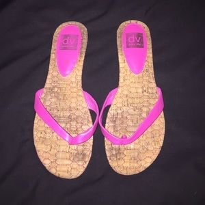 DV by Dolce Vita Hot Pink and Tan Sandals 💗