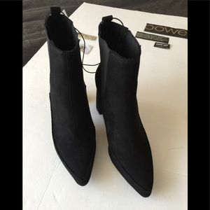 🍁Fall's Fashion Trend🍁 Black Faux Suede Boots