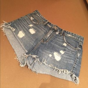 FREE PEOPLE JEAN FRAYED SHORTS