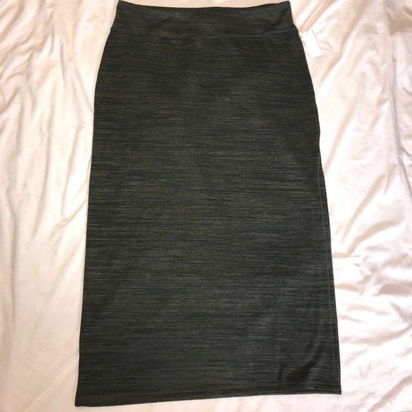 8c43fd03be3 Long skirt OLIVE color. NWT SZ XL sears brand